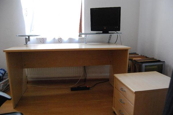 schreibtisch rollcontainer neu und gebraucht kaufen bei. Black Bedroom Furniture Sets. Home Design Ideas