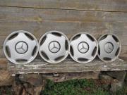 1 Satz Mercedes-