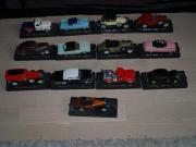 13 Minaturen Autos