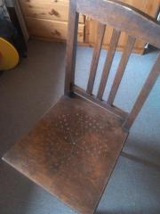 2 antike Stühle