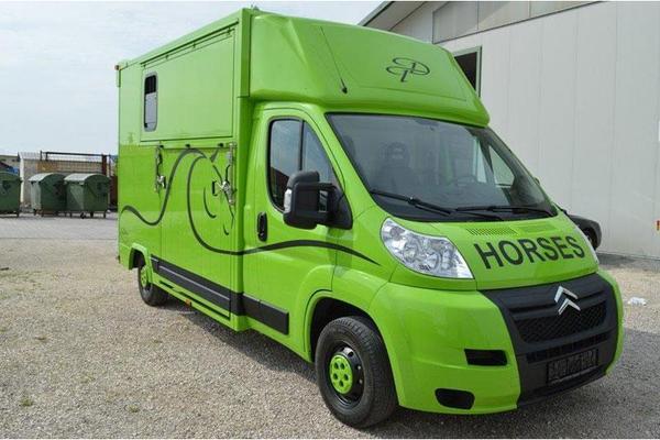 2 pferdetransporter lkw 3 5 tonner premium in crailsheim. Black Bedroom Furniture Sets. Home Design Ideas