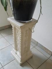 2 Säulen aus