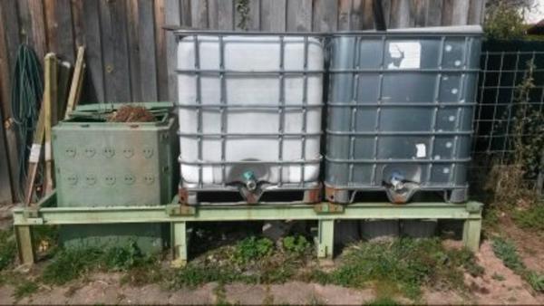 2x 1000 liter wasserbeh lter zu verkaufen in neunkirchen alles m gliche kaufen und verkaufen. Black Bedroom Furniture Sets. Home Design Ideas