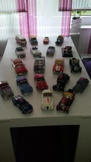 42 Modelautos 1:
