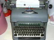 Alte Schreibmaschine Olympia