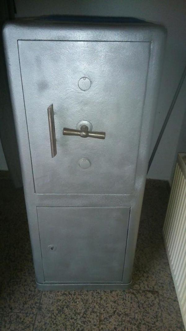 safe tresore kaufen gebraucht und g nstig. Black Bedroom Furniture Sets. Home Design Ideas