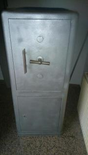 tresor safe gewerbe business gebraucht kaufen. Black Bedroom Furniture Sets. Home Design Ideas