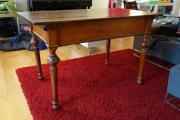 Antiker Schreibtisch / Damenschreibtisch