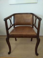 Antiker Stuhl, professionell