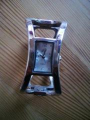 Armbanduhr mit Spangenarmband,