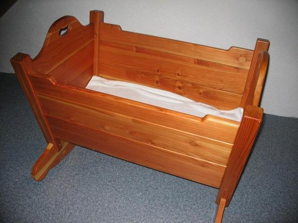 babywiege holz handgemacht in obersulm wiegen babybetten reisebetten kaufen und verkaufen. Black Bedroom Furniture Sets. Home Design Ideas