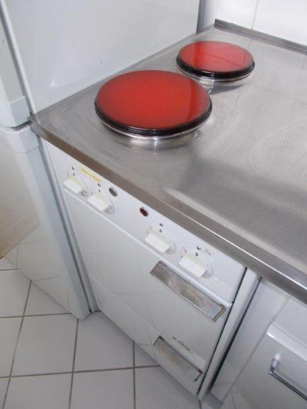 kultiger backofen bj ca 1965 von siemens ca 45 cm breit mit edelstahlabdeckung und sp le. Black Bedroom Furniture Sets. Home Design Ideas