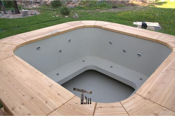 badefass hot tub in gro r schen sonstiges f r den garten balkon terrasse kaufen und. Black Bedroom Furniture Sets. Home Design Ideas