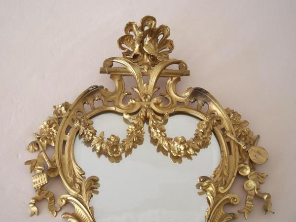 barock spiegel ca 1889 zwei kerzenhalter jugendstil metall spiegel verzierungen facettenglas. Black Bedroom Furniture Sets. Home Design Ideas