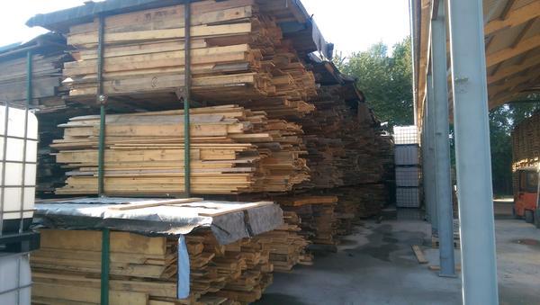 Holz GartenmObel Zu Verschenken ~ Bauholz zu verkaufen; Bretter und kanthölzer in Nidda  Holz kaufen