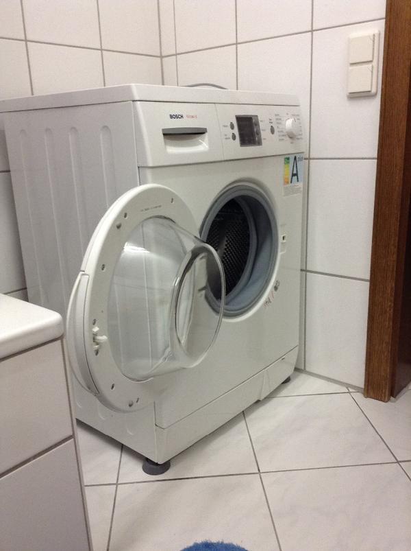 bosch waschmaschine in karlsruhe waschmaschinen kaufen und verkaufen ber private kleinanzeigen. Black Bedroom Furniture Sets. Home Design Ideas