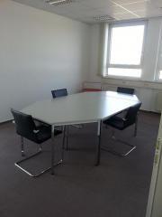 Büro-/ Praxisräume 160