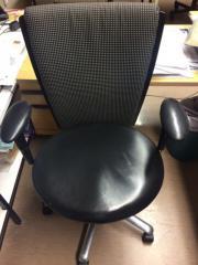 Büro-Sessel