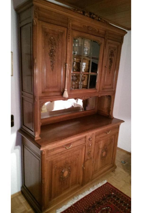 buffetschrank nussbaum mit orig beschl gen gr nderzeit. Black Bedroom Furniture Sets. Home Design Ideas