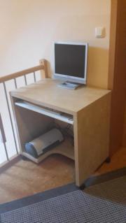 computertisch ikea haushalt m bel gebraucht und neu. Black Bedroom Furniture Sets. Home Design Ideas