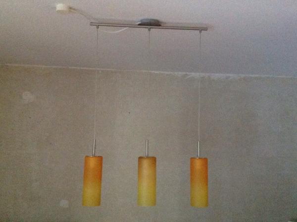 deckenlampe h ngend 3 leuchten in achern lampen kaufen und verkaufen ber private kleinanzeigen. Black Bedroom Furniture Sets. Home Design Ideas