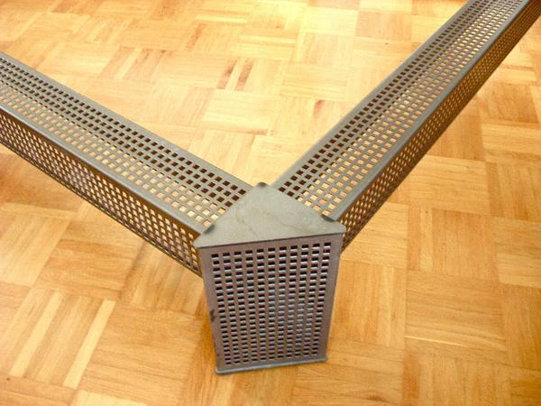 designer bettgestell metall 140 200 cm in schwabach betten kaufen und verkaufen ber private. Black Bedroom Furniture Sets. Home Design Ideas