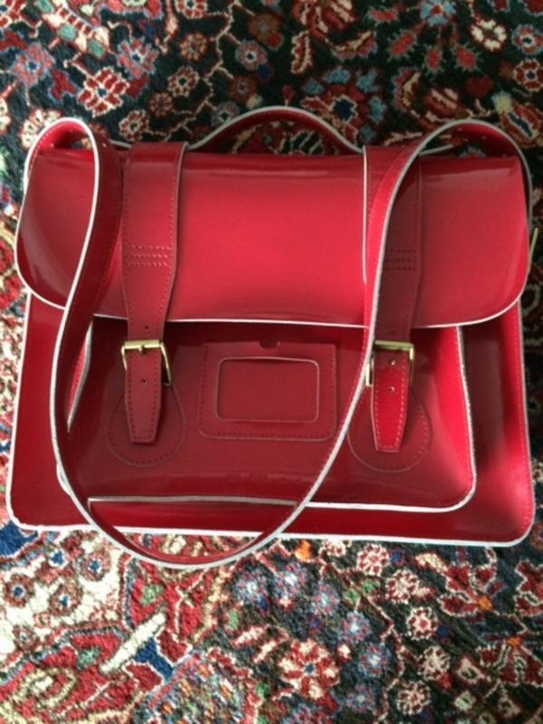 dr martens tasche in dornbirn schuhe stiefel kaufen und. Black Bedroom Furniture Sets. Home Design Ideas