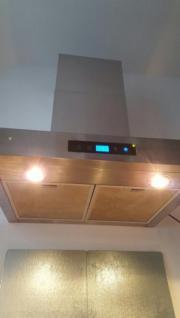 Dunstabzugshaube mit Touchscreen