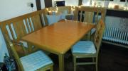 Eckbank, Tisch, Stühle