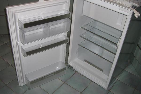 Einbaukuhlschrank siemens mit gefrierfach for Siemens einbaukühlschrank mit gefrierfach