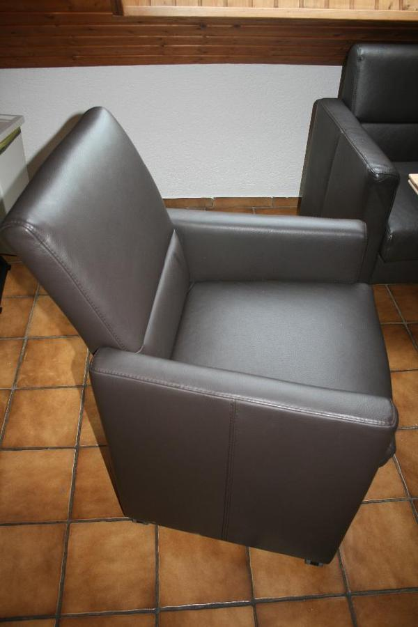 Esszimmer sessel braun leder in waldems speisezimmer for Sessel quoka