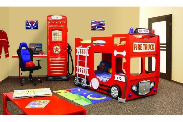 Feuerwehrbett autobett etagenbett in kinderzimmer mit led for Jugendzimmer zwillinge