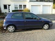 Fiat Bravo dunkelblau