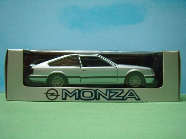 gama opel monza modellauto 1 25 in ovp in morschheim. Black Bedroom Furniture Sets. Home Design Ideas