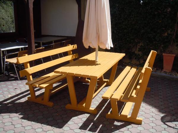 gartenm bel aus massivholz schn ppchen in b rs kaufen und verkaufen ber private. Black Bedroom Furniture Sets. Home Design Ideas