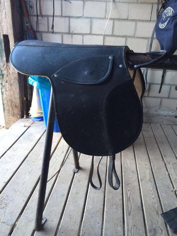 gebrauchte pony kinder reitkissen in gro enbrode zubeh r reit pferdesport kaufen und. Black Bedroom Furniture Sets. Home Design Ideas