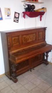 Gebrauchtes Piano-Klavier