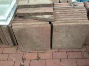 Gehwegplatten in Beton