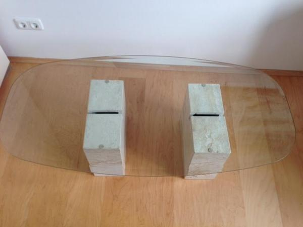 Glastisch mit travertin couchtische aus m nchen zamdorf for Couchtisch aus travertin