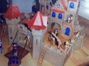 Große Playmobil Königsritterburg