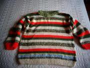 Handarbeit Pullover bunt