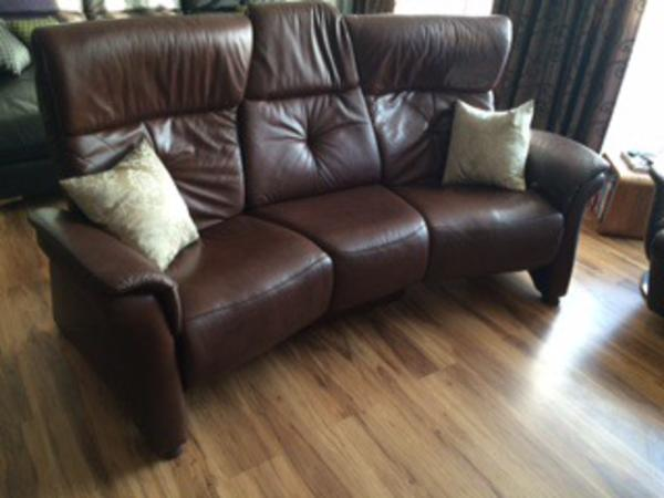 himolla trapezsofa 3 sitzer zu verkaufen in n rnberg polster sessel couch kaufen und. Black Bedroom Furniture Sets. Home Design Ideas