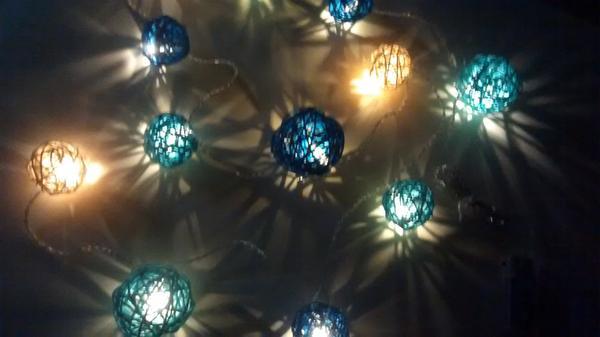 hochzeitsdeko versch dekoration hochzeit blau t rkis creme lichterkette rattankugeln. Black Bedroom Furniture Sets. Home Design Ideas