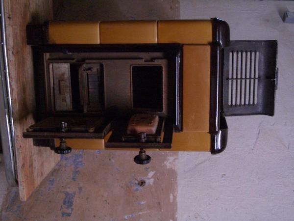 holz kohleofen aus 60er jahre in sche litz fen heizung klimager te kaufen und verkaufen. Black Bedroom Furniture Sets. Home Design Ideas