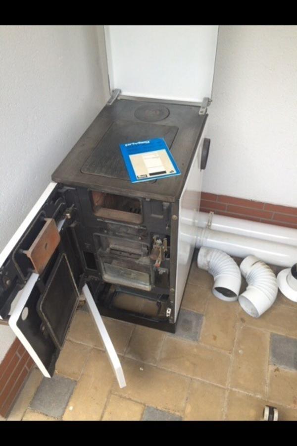 holzofen tip top privileg beistellherd in heroldsbach fen heizung klimager te kaufen und. Black Bedroom Furniture Sets. Home Design Ideas
