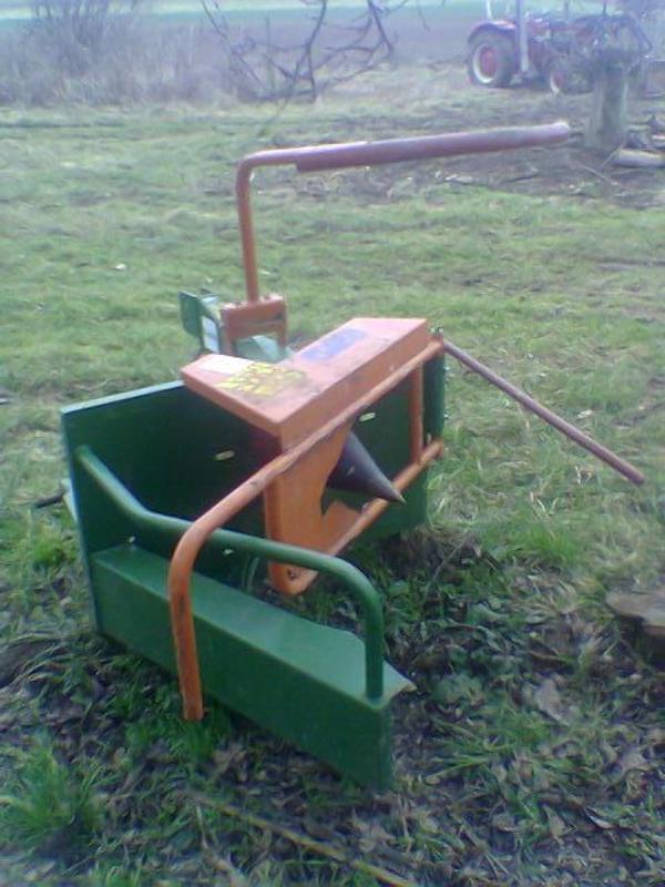 holzspalter kegelspalter posch gebraucht traktor schlepper. Black Bedroom Furniture Sets. Home Design Ideas