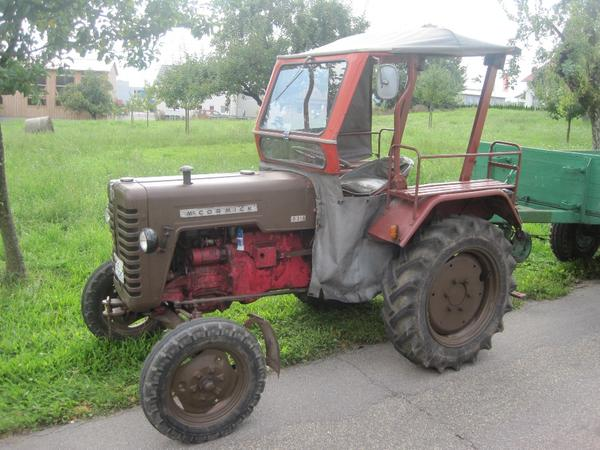 Traktoren landwirtschaftliche fahrzeuge ihc d214 mc cormick
