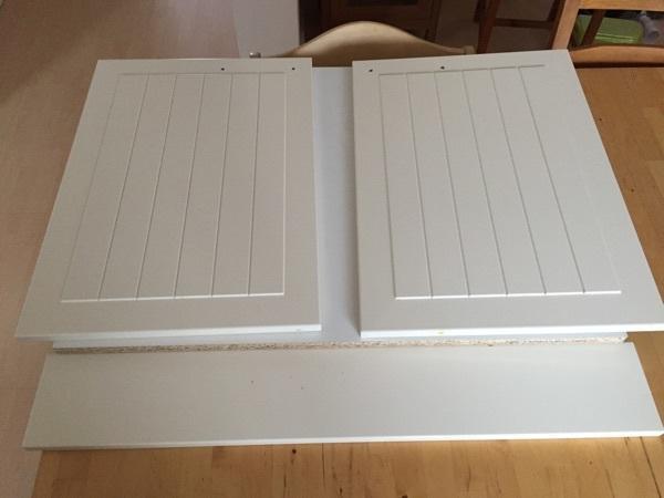 Ikea Apothekerschrank Demontage ~ Ikea Faktum 2 Türen und 2 Türgriffe Landhausstil in Babenhausen