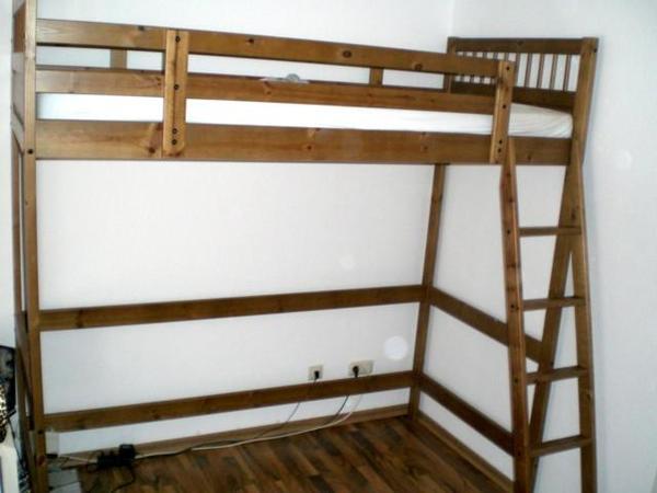 ikea hemnes hochbett das bett ist in einem guten pictures. Black Bedroom Furniture Sets. Home Design Ideas