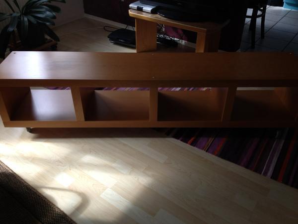 ikea lowboard hellbraun mit rollen in haag ikea m bel kaufen und verkaufen ber private. Black Bedroom Furniture Sets. Home Design Ideas